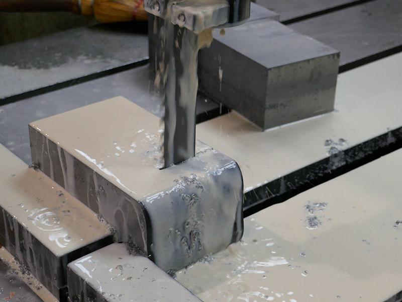 taglio acciaio su misura s600